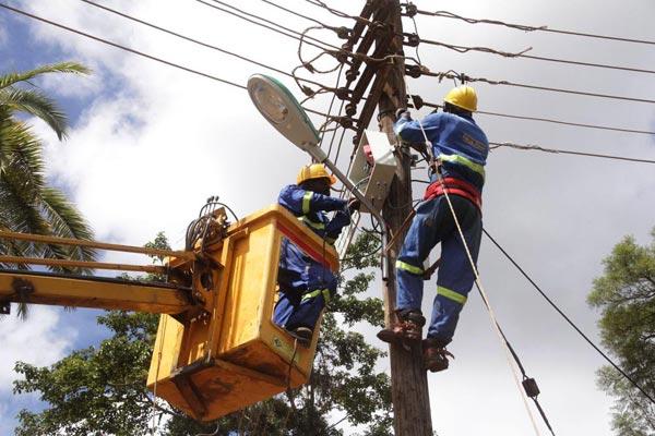 Bộ đàm cho nhân viên điện lực