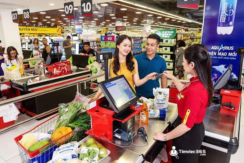 nhân viên thu ngân siêu thị