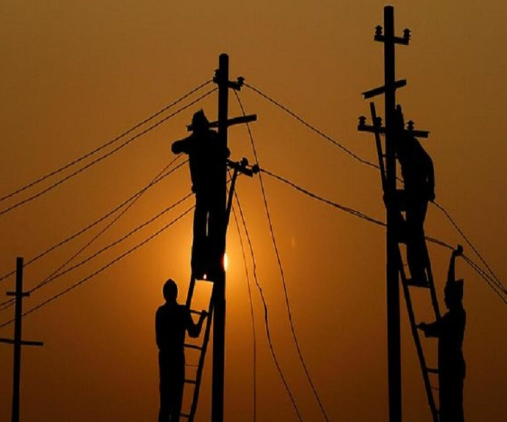 power cut in Delhi India in summer season 0